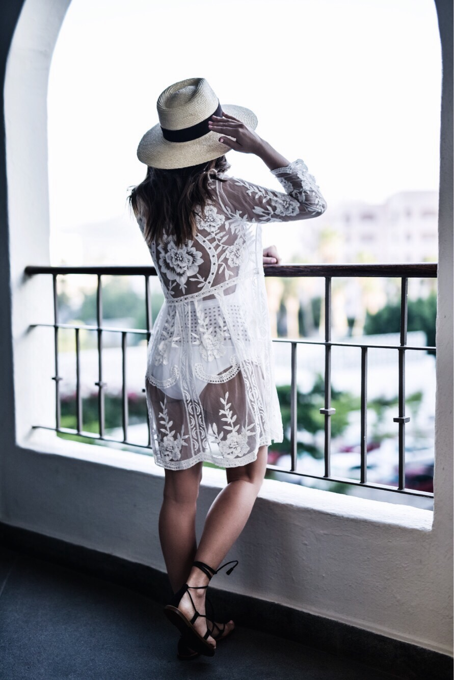 Tiffany Jais Houston fashion and lifestyle blogger | This lace coverup is currently on sale! Click to shop the look!