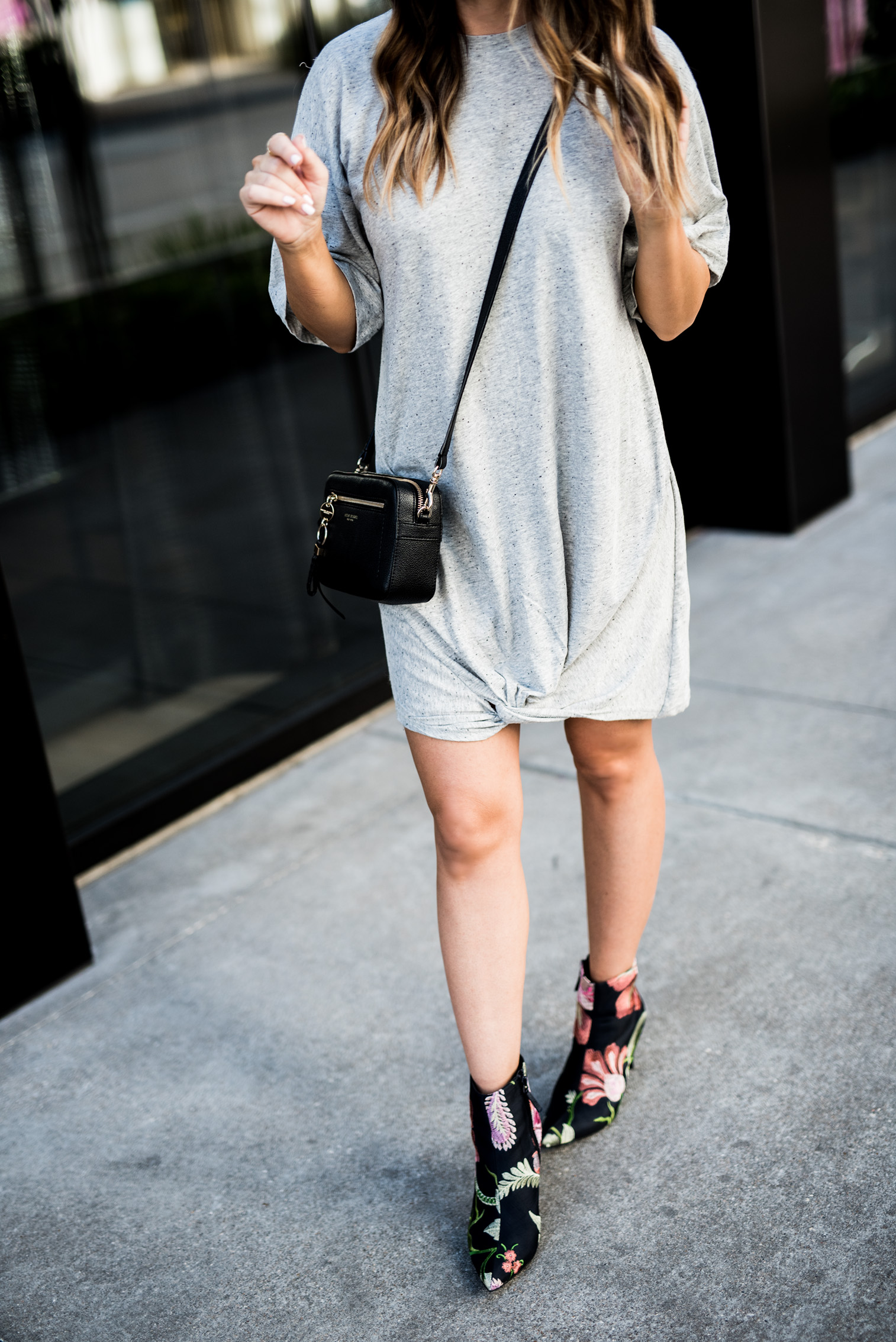 Tiffany Jais Houston fashion and lifestyle blogger | embroidered ankle boots, henri kendal bag, grey t-shirt dress, casual outfit ideas, streetstyle 2017, summer streetstyle