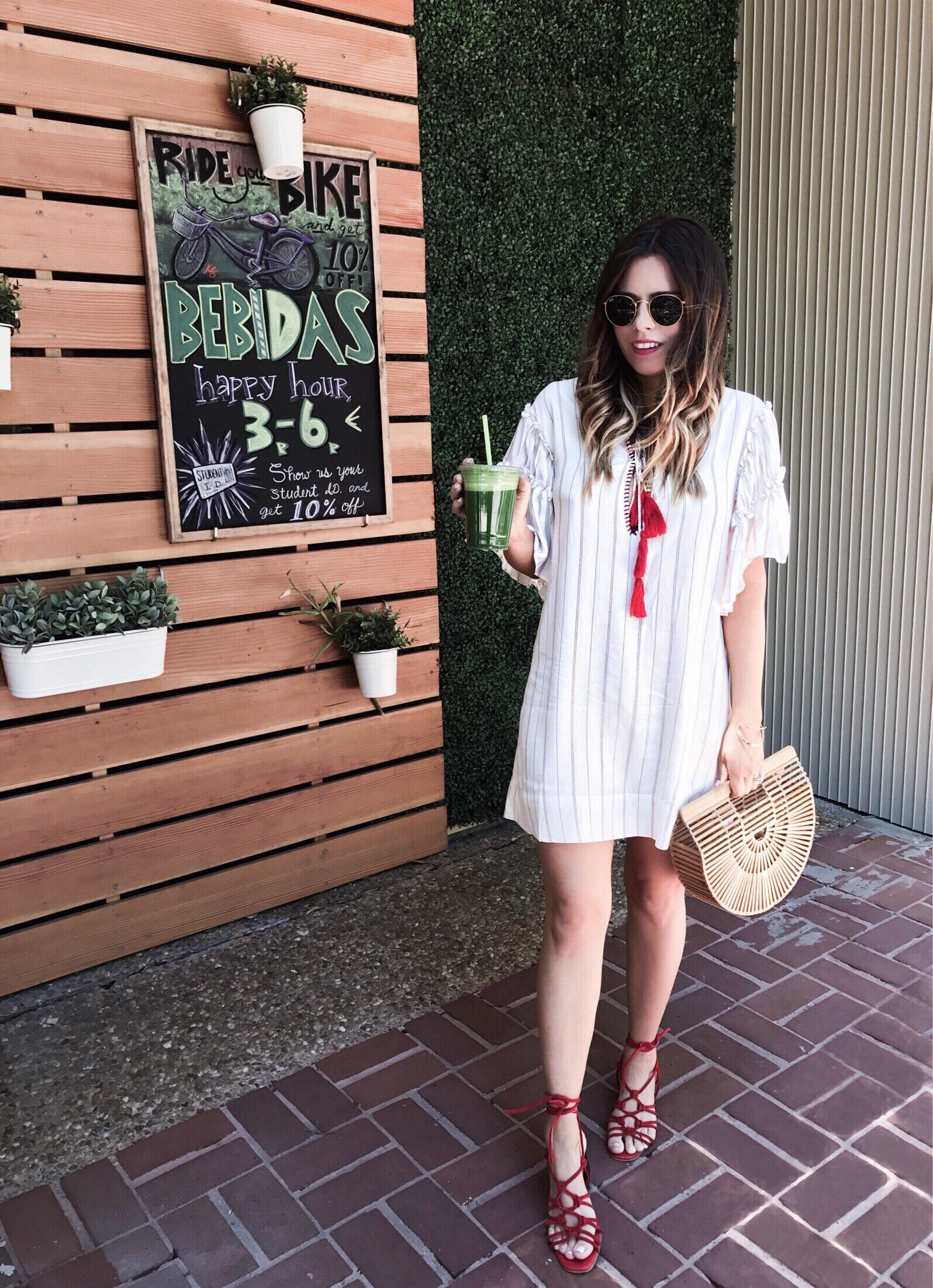 Tiffany Jais Houston fashion and lifestyle blogger | casual outfit ideas, streetstyle, Cult Gaia bag, red lace up sandals