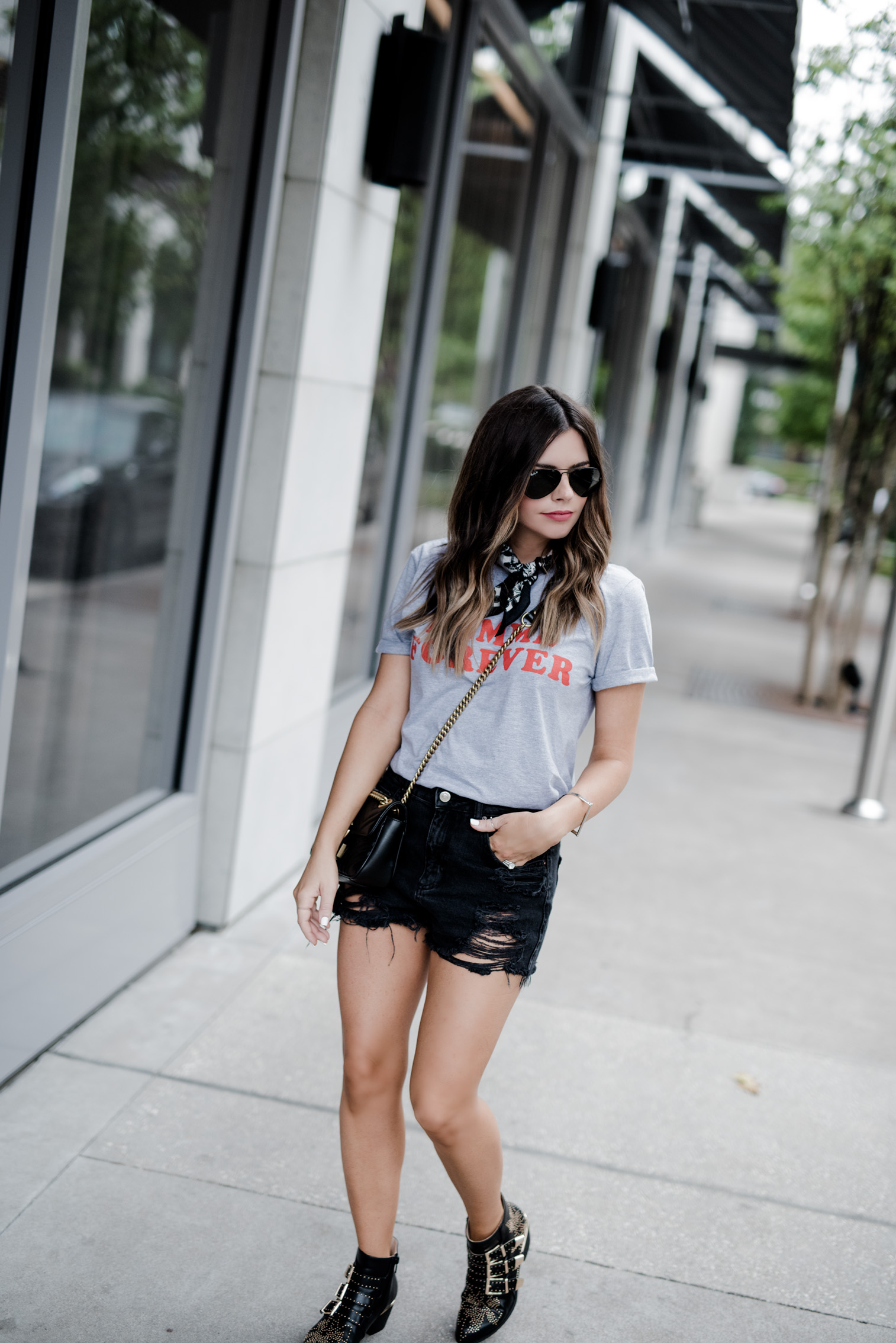 Tiffany Jais Houston fashion and lifestyle blogger | street style, graphic tee's, necktie scarf outfits,