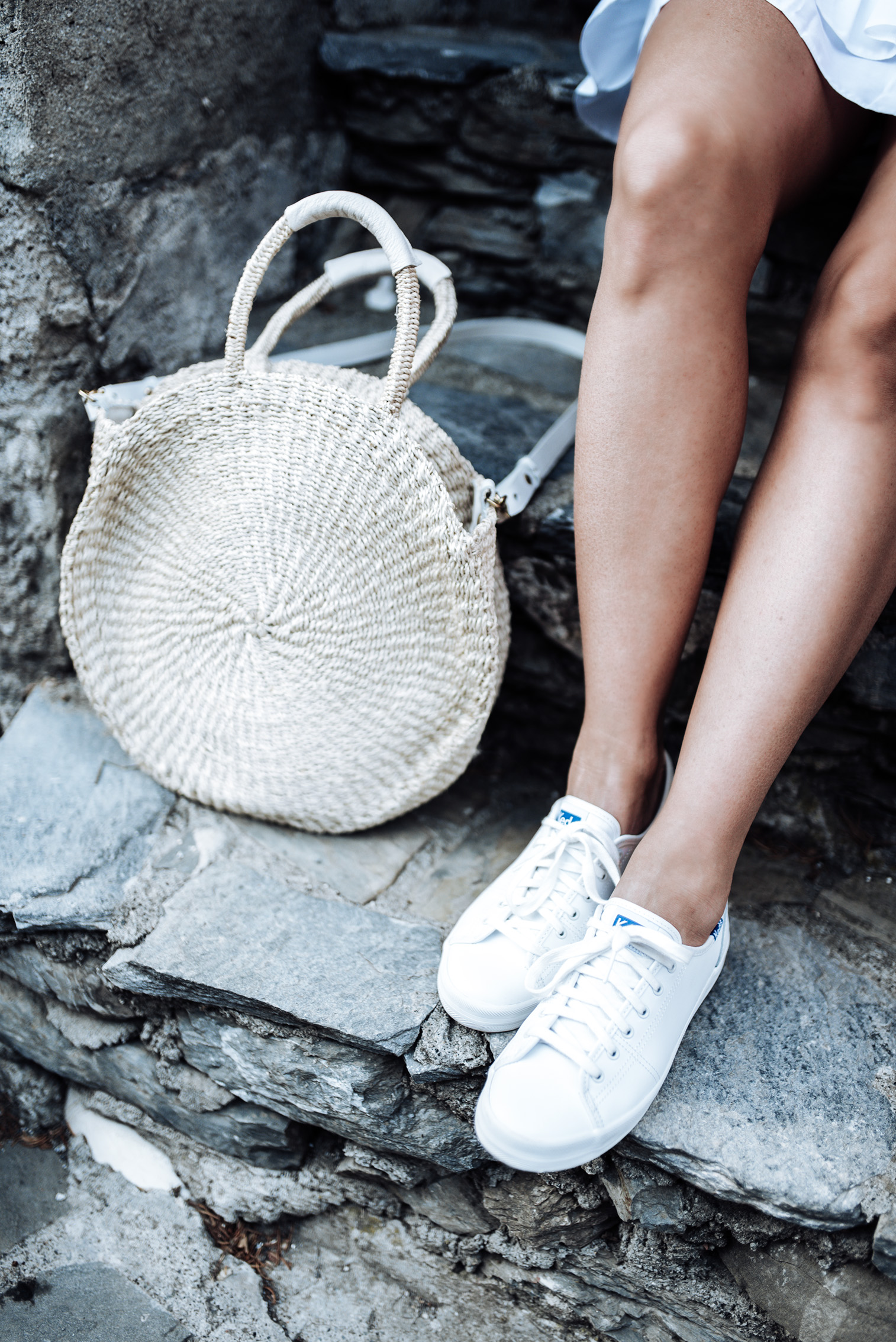 Tiffany Jais Houston fashion and lifestyle blogger | Graphic Tee(runs small size up) | White ruffle hem skirt | Claire V. Alice Tote | Ked's | Brixton Willow hat
