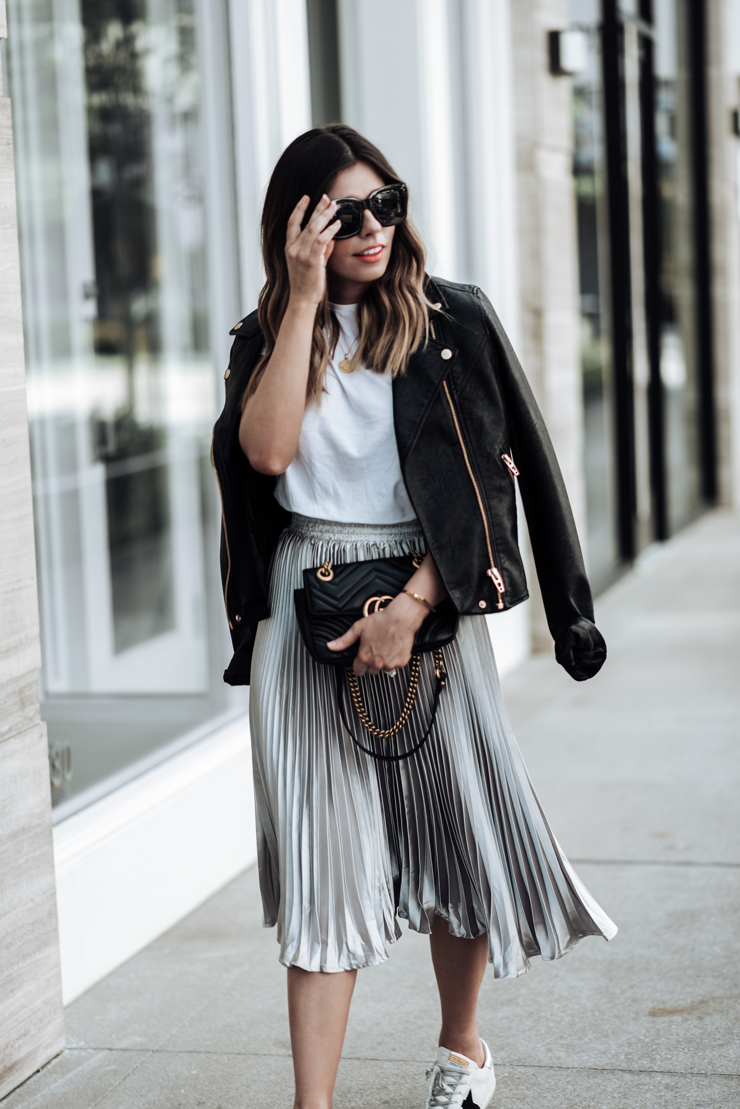 Tiffany Jais Houston fashion and lifestyle blogger | In love with pleats | Click to shop the look | Streetstyle 2017 | NYFW 2017