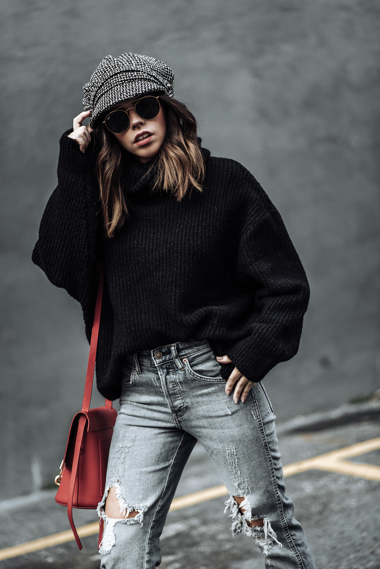 Click to shop the exact look: Plaid mules | Jeans | Oversized Sweater | Bakers Hat | Zac Posen Bag |Tiffany Jais fashion and lifestyle blogger of Flaunt and Center | Houston fashion blogger | Mixing Plaid | Streetstyle blog