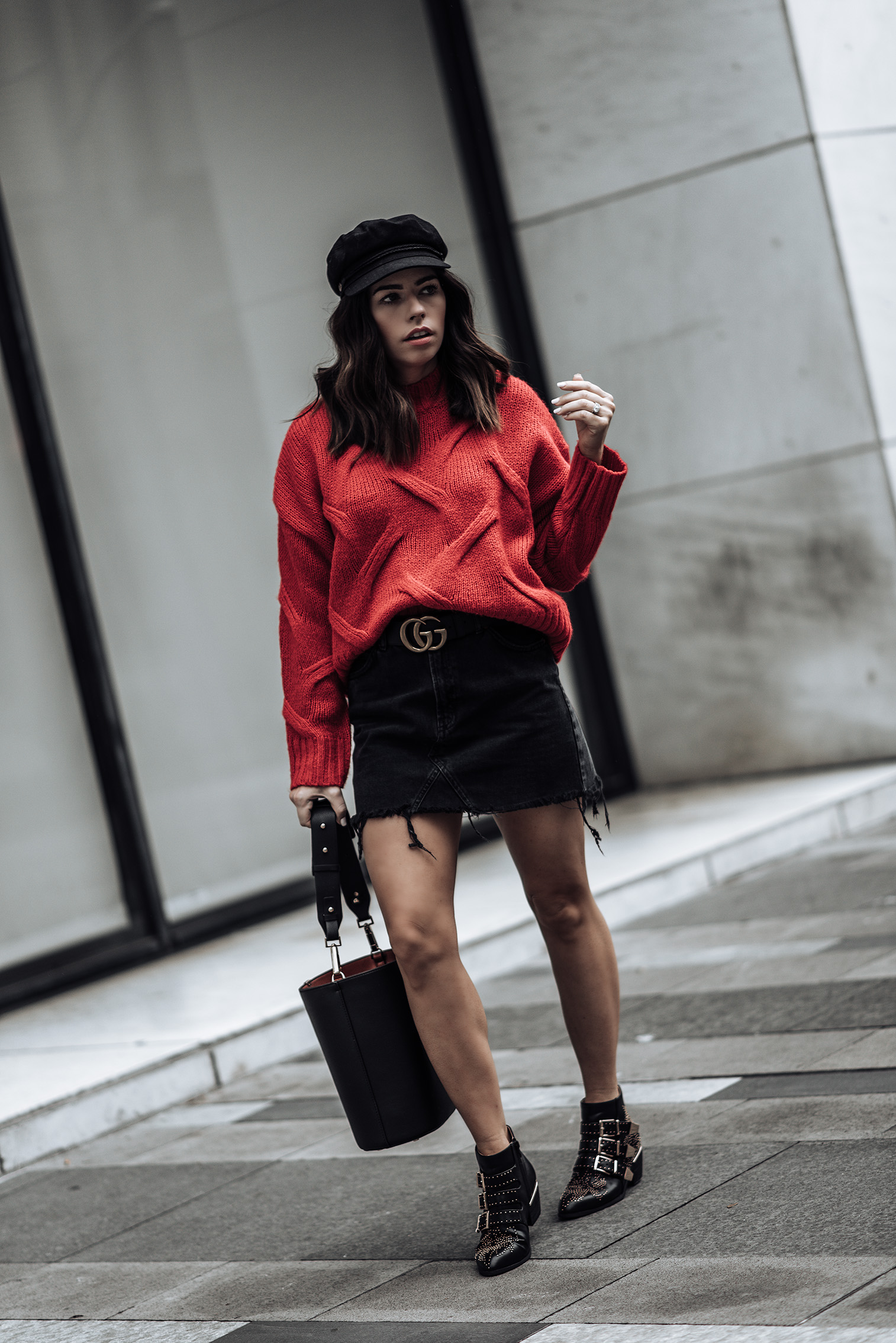 Red & Black | Red knit sweater (similar here and here) | Bucket bag (similar style here for only $25) | Black denim high waist mini skirt | Gucci Belt