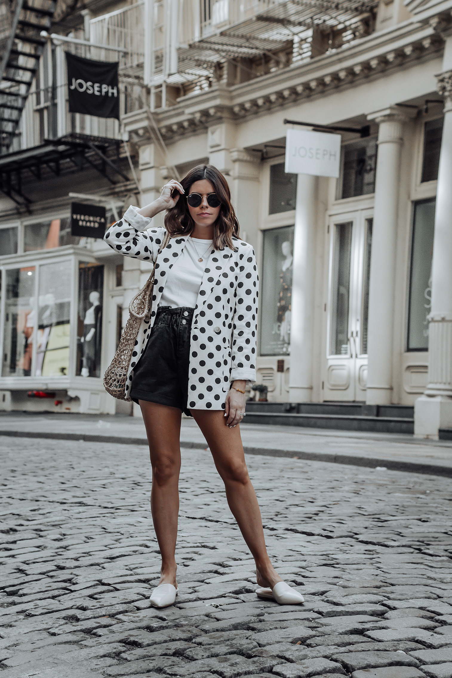 Linen spotted blazer | Click to shop the look: Black Paper Bag Shorts (similar) | Linen Spotted Jacket | Straw Tote bag (similar) | #liketkit #blazer #streetstyle #ootd #strawbag #topshop #casualfashion #nycblogger