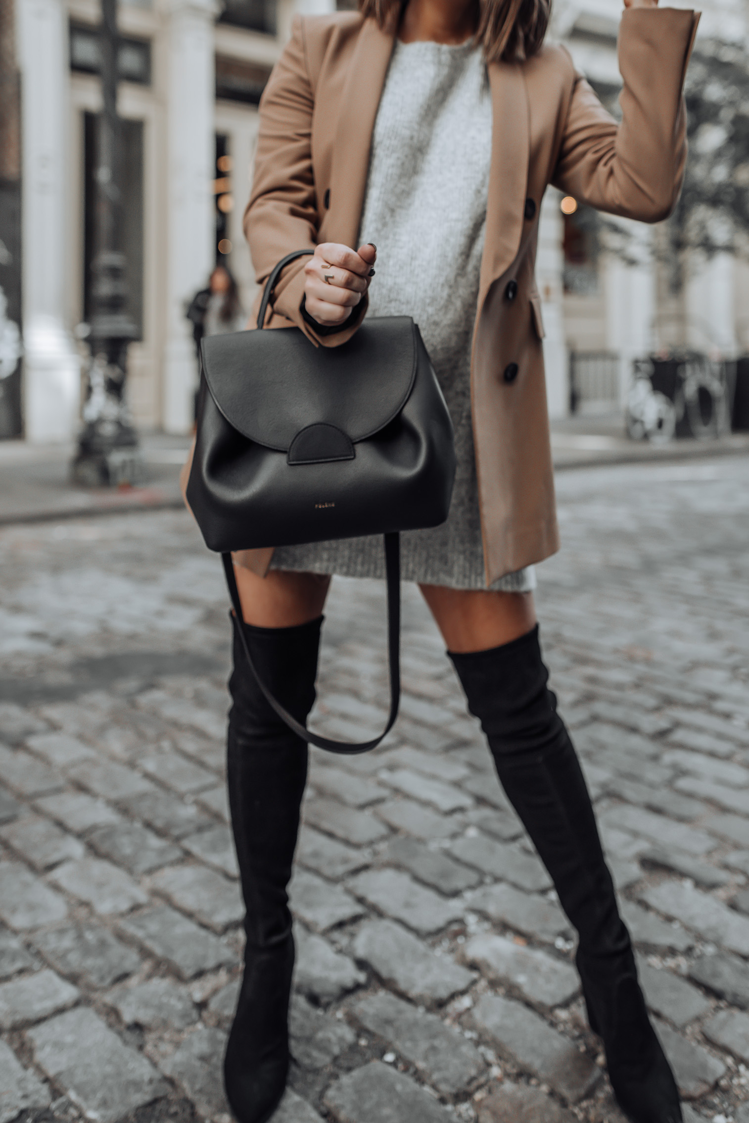 Grey and camel |Grey Sweater | Stuart Weitzman Funland (similar) | Zara Blazer (similar)  | Bag C/O  Polene Paris #streetstyle #nycblog #sohonyc #travel